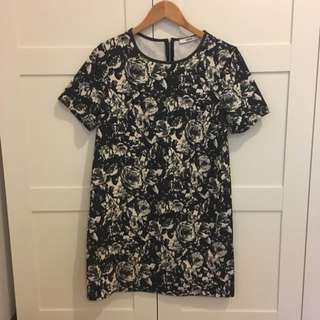 Oasis Patterned Shift Dress, Size M