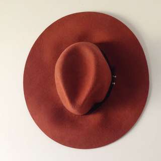Burgundy/ Burnt Orange Felt Floppy Wide Brim Fedora Hat