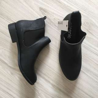 City beach black chelsea ankle boots