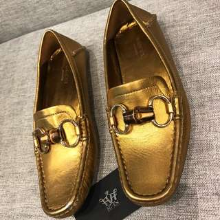 GUCCI flat shoes GOLD metalic Size 35