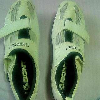 bont tri-shoes size 46