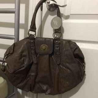 *Free* Large Shoulder Bag