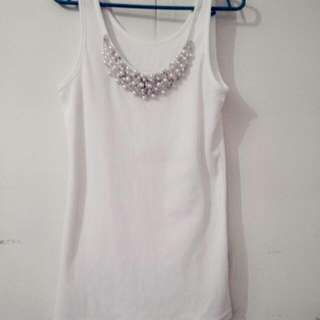 White Tank Top With Pearls And Beads