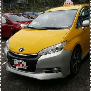 Toyota Wish  (7人座)