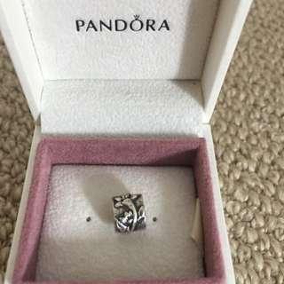 Pandora Flower Oval Charm