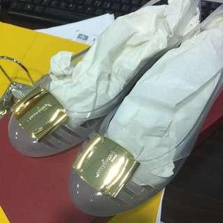 Brand New : Ferragamo Bermuda Shoe Size 8