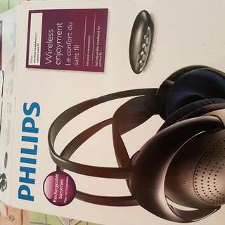 Price Reduced! Never Used Phillips Wireless Headfones