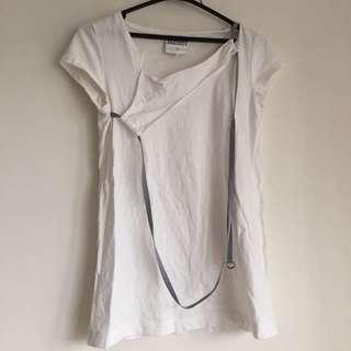 設計款白色Tshirt