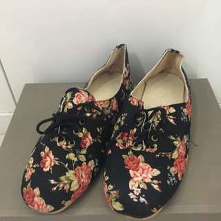 Black Floral Shoes