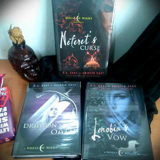 💜 House Of Night Novellas Hardcover Series: Dragon's Oath
