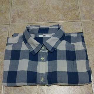 UNIQLO BLUE FLANNEL SIZE M