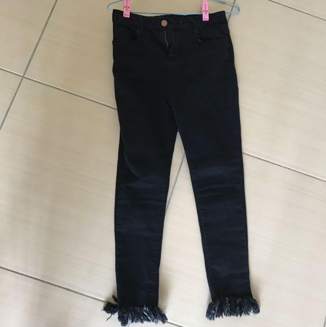 鬚鬚牛仔褲(黑)