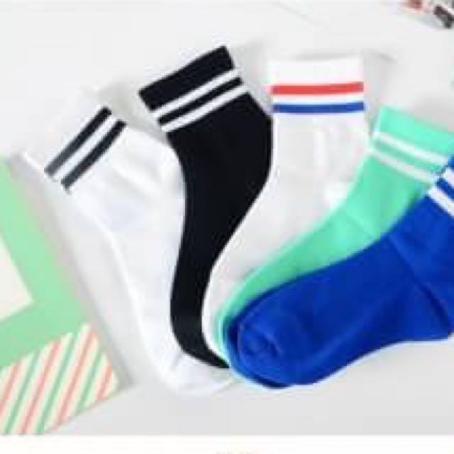 現貨秒出二條槓中筒女襪子 情侶襪 姐妹襪