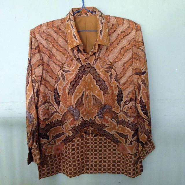 Kemeja Batik Laki-Laki