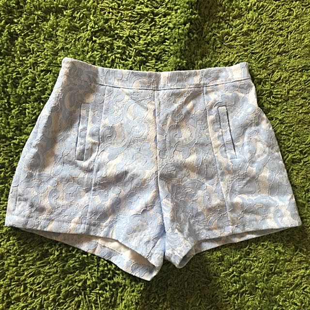 BLUE LACE SHORT