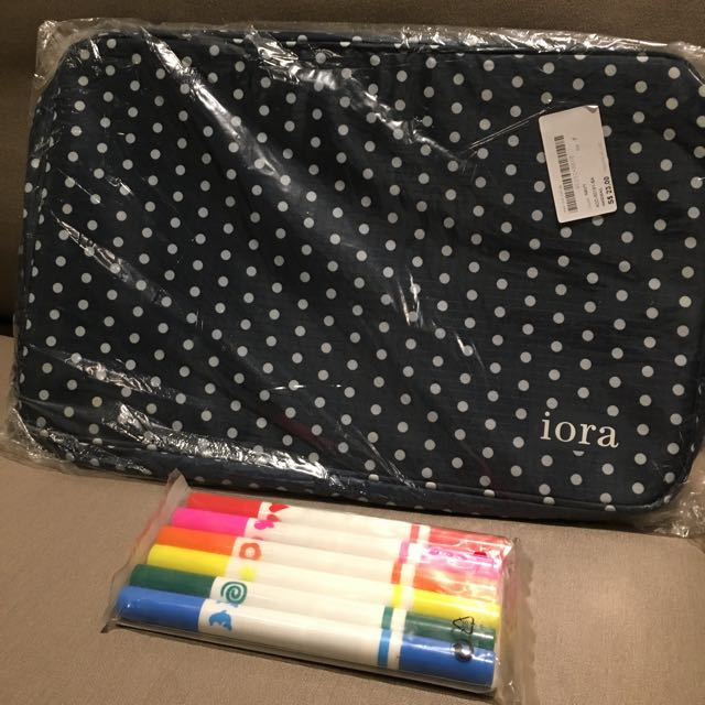 Brand new iora Travel Pouch large