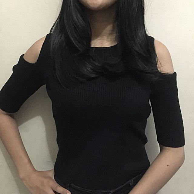 COLORBOX T-shirt Off Shoulder