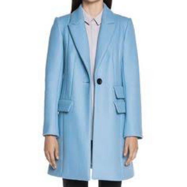 Cue Coat