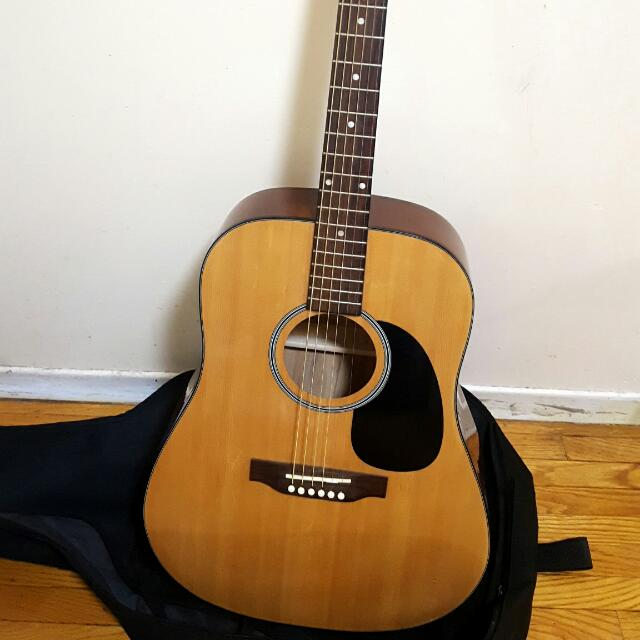 Denver Guitar In Pristine Condition