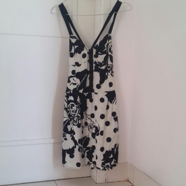 Dress Pesta Black White Monochrome