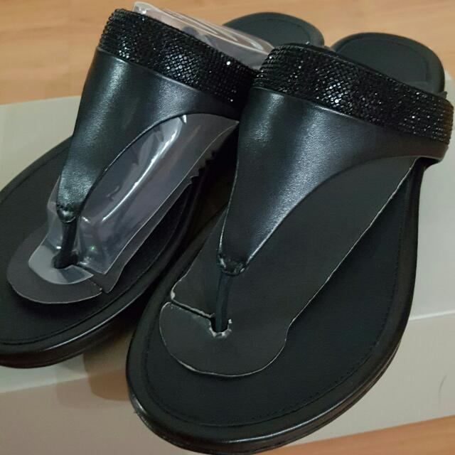 105104fcf6985c FITFLOP BANDA MICRO-CRYSTAL TOE-POST (ALL BLACK)