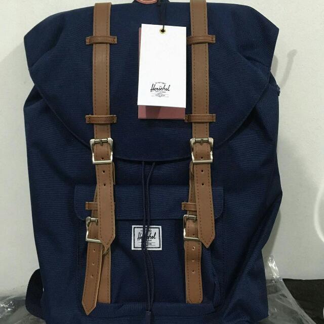 Herschel Backpack (Authentic)