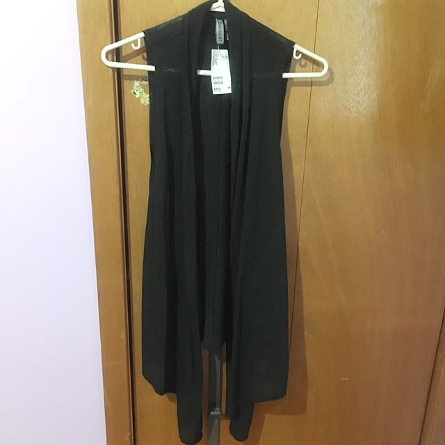 H&M Black Sleeveless Cardigan