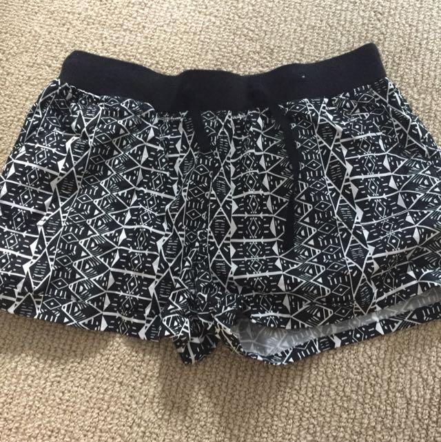 Ladies Beach Shorts Size Small