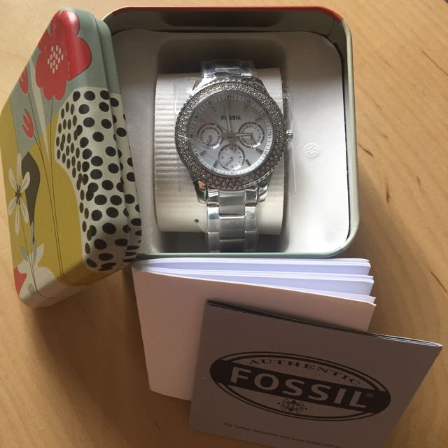 Ladies Fossil Watch - White & Diamond Face