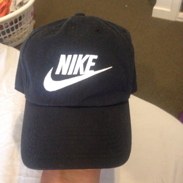 Nike Strap Back Cap