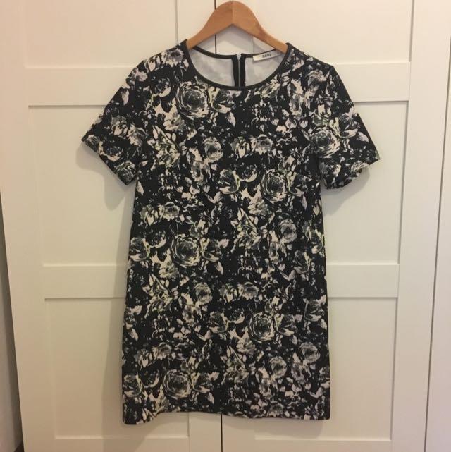 Oasis Patterned Shift Dress, Size M