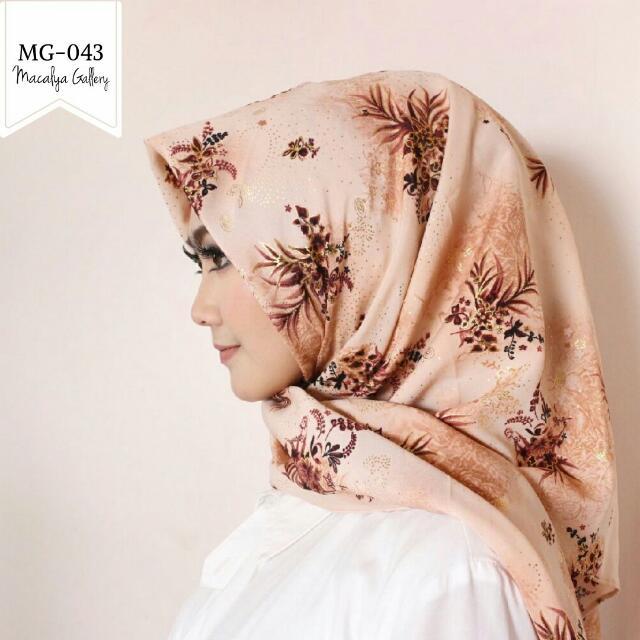 Scarf/hijab
