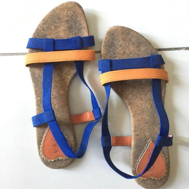sepatu sandal beli di metro