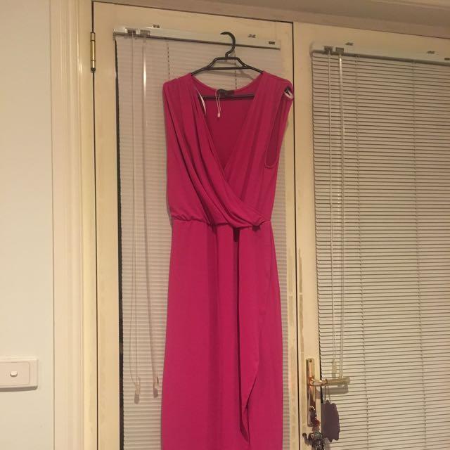 Sheike Formal Dress Size 14