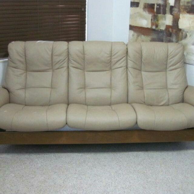 Sofa Couch High Back Leather Modern LG Buckingham Paloma Sand