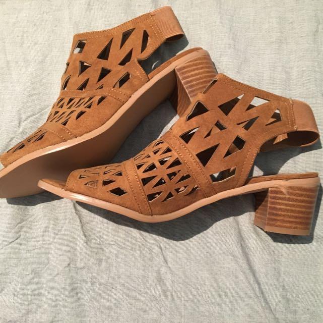 SPURR Heels