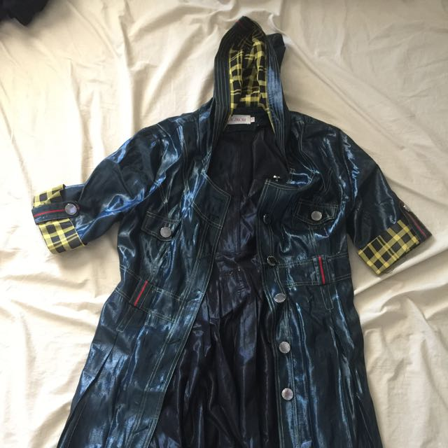 Vintage Style Hooded Shiny Jacket