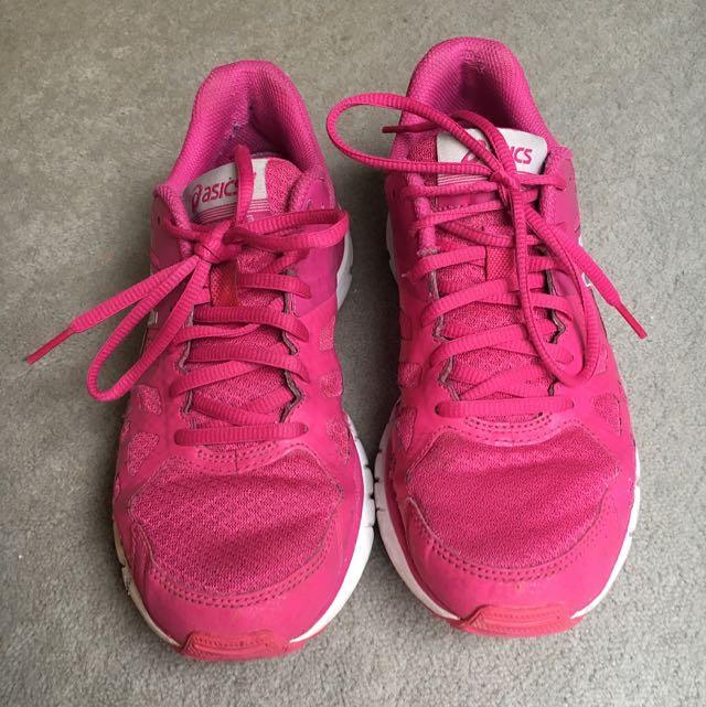 Women's Asics Size 8 Runners