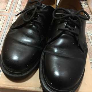 Dr'martens 1461 SMOOTH 3孔  馬丁 皮鞋 U.K. 8.  Us 9