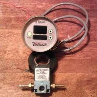 TURBOSMART E BOOST 1 Boost Controller/gauge.