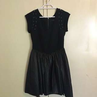Black Detail Skater Dress (KUKU)