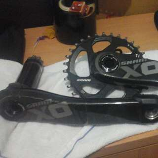 XO1 Carbon Crank Set