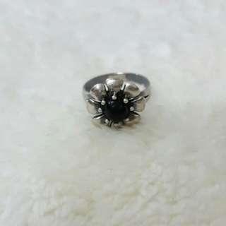 💍賣場贈品:有喬治傑森風格的小花戒指