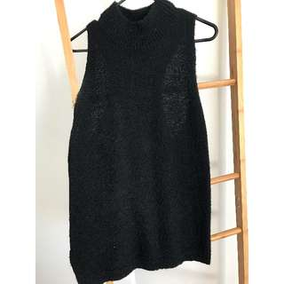 Black Racer Back Sleeveless Knitwear