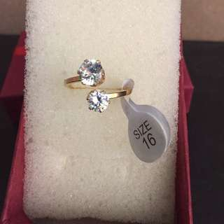 Engagement Ring (free Delivery On Metro Manila)