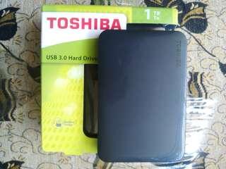 TOSHIBA Canvio 1TB USB 3.0 External Hard Drive