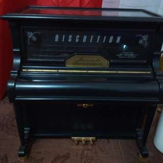 Jewelry Box With Music, Piano Box (REPRICED)