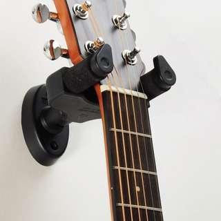 Aroma Auto Lock Guitar Hanger
