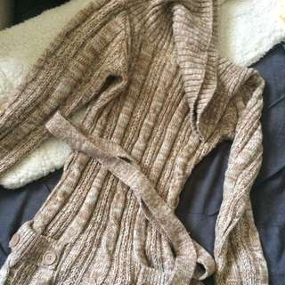 Suzy Shier brown knitted long sleeved sweater dress