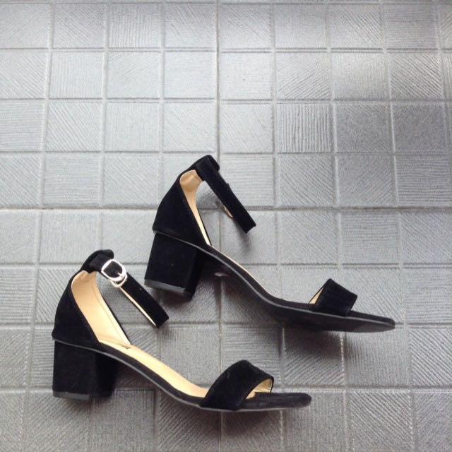 SALE! heels velvet